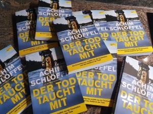 DER TOD TAUCHT MIT - Achim Schlöffel